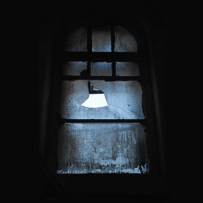 black window окно темнота пыль рама серое небо