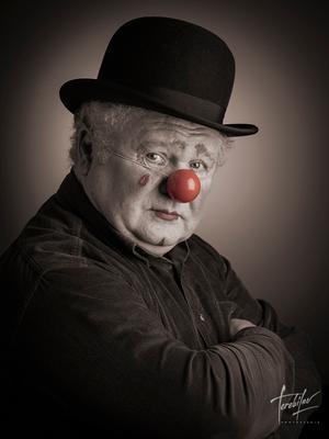 Грустный клоун клоун clown улыбайтесь господа terebilovstudio