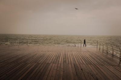 По над морем Море тишина