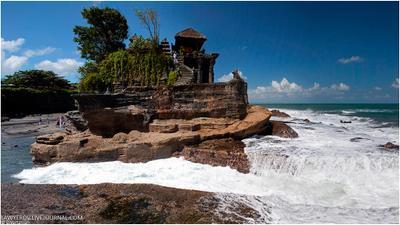 Храм Tanah Lot. Бали, Индонезия. Tanah Lot, Бали, Индонезия.