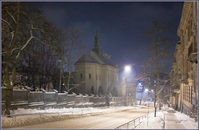 Вечерний город (13) город,улица,зима,вечер,храм,огни