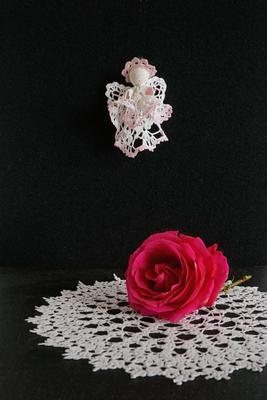 Ангел к нам спустился натюрморт ангел роза