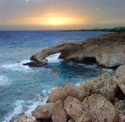 Закат на Средиземном море кипр, айя напа, арка, средиземное, море, закат