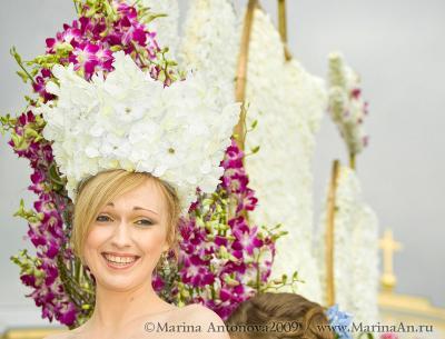 Королева цветов 3 международный фестиваль цветов 12 июня2009 санкт-петербург  Александровский сад  цветочная королева