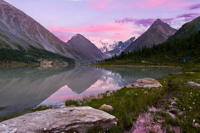 Закат над Белухой