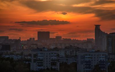 марсианский закат над столицей закат москва