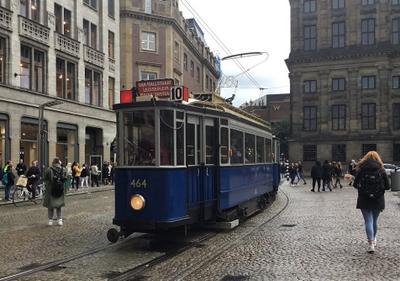 Старый трамвай на площади Дам. Трамвай Амстердам площадь Дам Amsterdam de Dam
