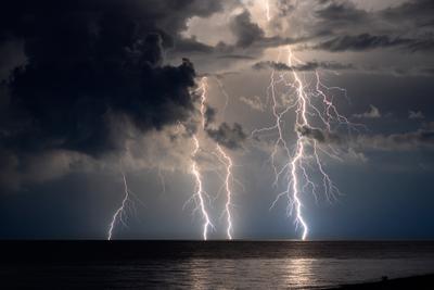 Абхазская гроза гроза Абхазия море ночь молния