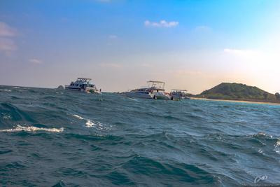 Качка на волнах Таиланд