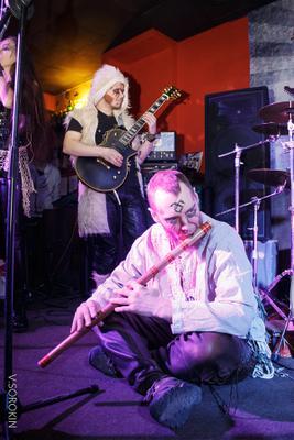 Лейся музыка! музыканты флейта гитара ночной клуб