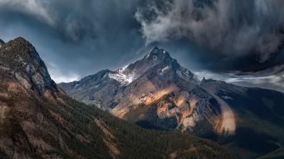 Сквозь века и непогоду/Through the centuries and storms