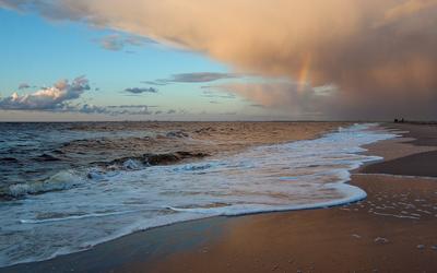 *** белое море радуга