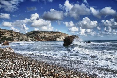 Место рождения Афродиты кипр, пафос, море, небо, волны, облака