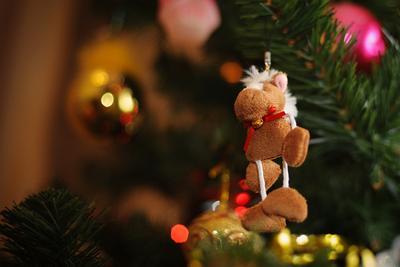 Новогоднее настроение новый год игрушка елка макро лошадь