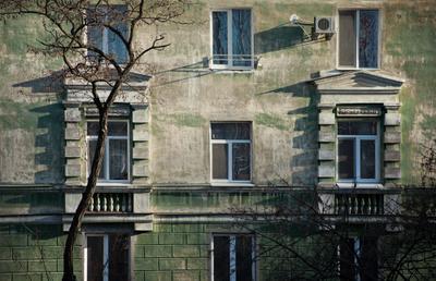 Стена дом здание стена окно тень