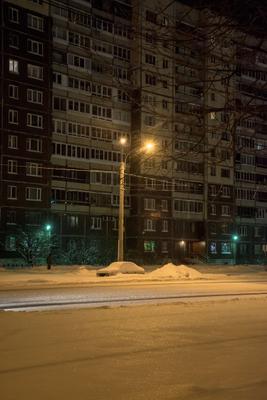 Улица, фонарь, но без аптеки... город зима
