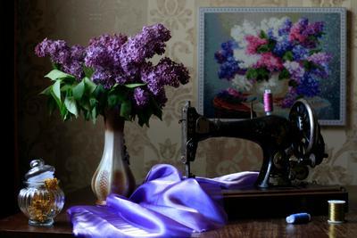 Бабушкино наследство Старинный швейная машана старая фиолетовый сирень швейный