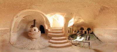 Изгибы пещеры . Круговые панорамы 360 Пещеры