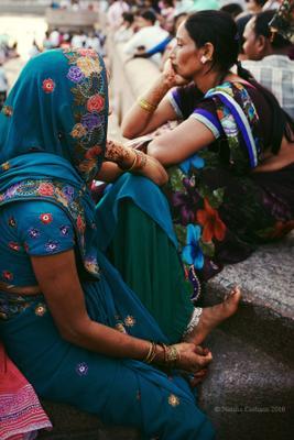 Мысли India Mumbai travel woman 2015