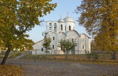Ивановский собор псков храм церковь осень