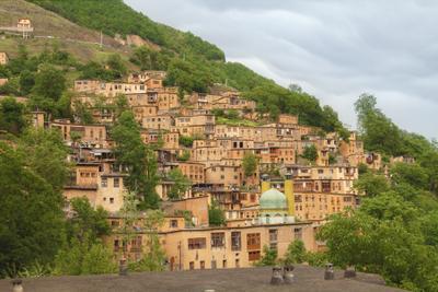 Масуле перед дождем Иран Масуле путешествия Гилян крыши