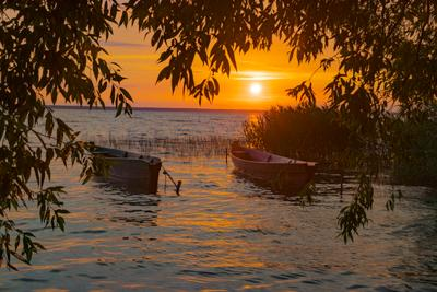 Плещеево озеро Плещеево озеро Переславль-Залесский закат лодки
