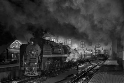 Мой параллельный мир паровоз ржд железная дорога казанский вокзал рельсы дым поезд