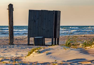 Балтийский пляж балтика пляж море песок будка латвия лиепая