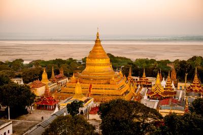 Швезигон (Золотая пагода) bagan buddhism burma myanmar pagoda shwezigon