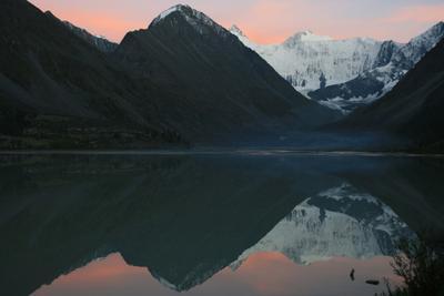 Инь и ян Алтай Белуха Аккем закат горы