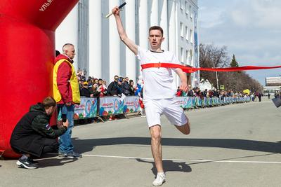 Победитель... апрель спорт бег финиш