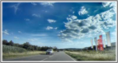 По дороге с облаками Германия село дорога