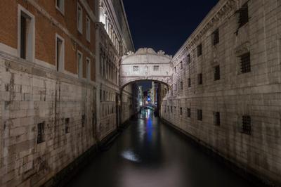 *** Венеция мост вздохов море каналы вечер