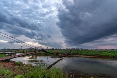 *** туча небо река дождь природа