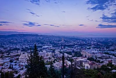 Вечерний Тбилиси Тбилиси Грузия закат