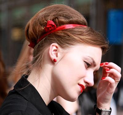 *** люди лица город прохожие уличный портрет стрит девушки