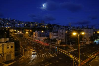 Когда луна над городом взошла... Хайфа