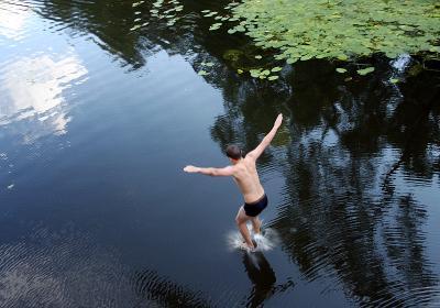 Как правильно ходить по воде  По воде аки по-суху