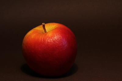 весеннее яблоко невсемвеснаклицу