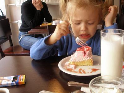 И как они это едят?! дети еда эмоции