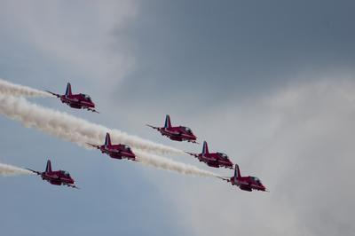 Red Arrows I Red Arrows Hawker Siddeley Hawk красные стрелы пилотажная группа авиашоу Royal Air Force Aerobatic Team