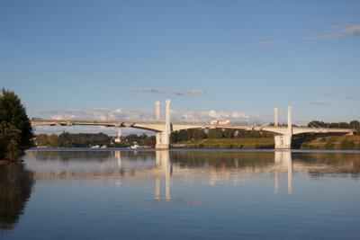 На рассвете мост река рассвет волга
