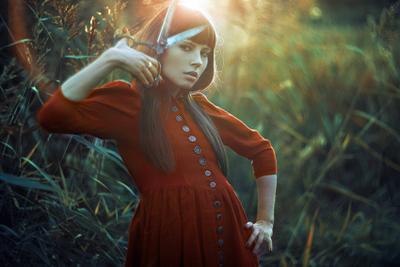 Blade Swirl Саф, scarlet, blade, девушка, платье, красный, солнце, закат, котнражур, contre-jour, свет, fantasy
