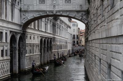 двустороннее движение Италия Венеция