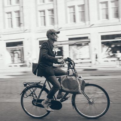 Байкер из Амстердама Амстердам, велосипедист, байкер