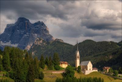 IL PELMO доломиты альпы италия alps selva-di-cadore деревня italy лето dolomites свет церковь