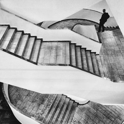 В библиотеке ростов ростов-на-дону город архитектура библиотека интерьер лестница чб минимализм