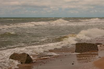 Море волнуется Море порывистый ветер побережье