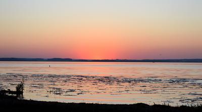 Закат закат Минское море вода розовый синий фиолетовый