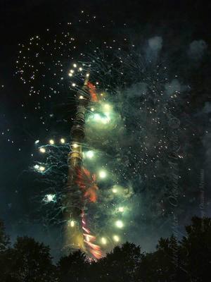 ,,Круг Света,,  Останкино в огнях фейерверк ночь вспышки огонь Останкино Останкинская башня фестиваль
